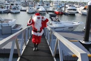 Santa arrived by boat to a great turnout at the MBBC.